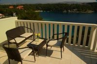 4 person apartment with seaview Milna