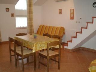 Appartment App. br. 4 in Pula 1