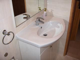 Appartment A4+1/2 in Makarska 8