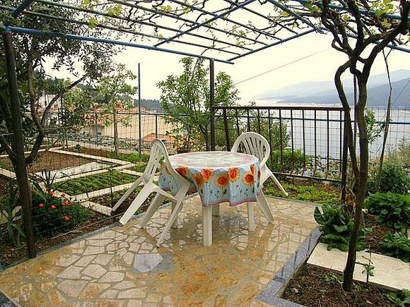 Appartment Br.3 in Rabac 7