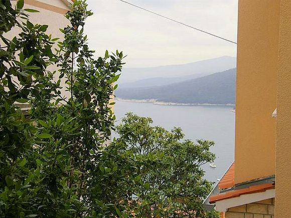 Appartment Br.1 in Rabac 8
