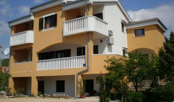 Apartment Gornji 4+1 in Povile