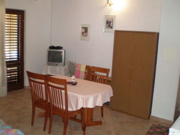 Appartment Gornji 4+1 in Povile 2