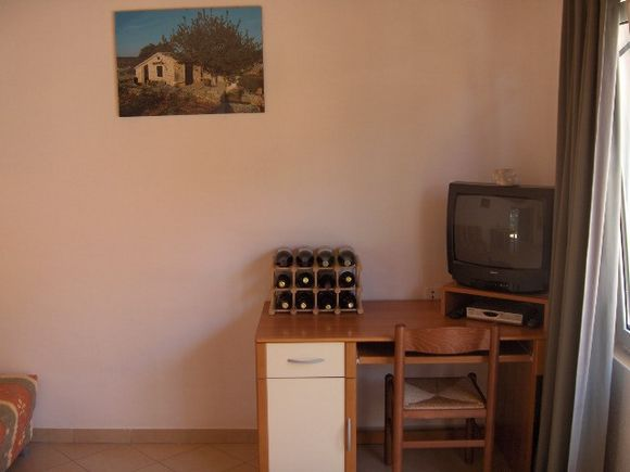 Appartment App br 3 in Vrboska 3