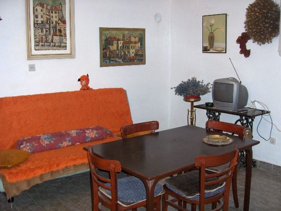 Appartment A3 in Komiza 2