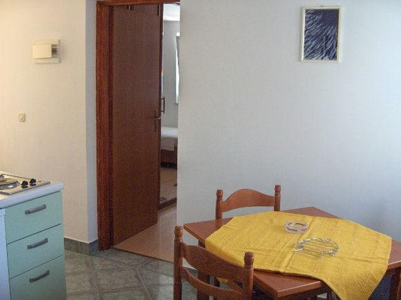 Appartment App br. 3 in Ivan Dolac 4