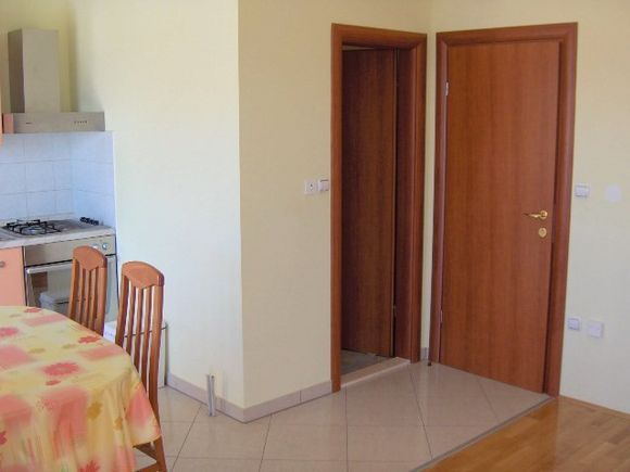 Appartment App.br.1 in Kastel Stari 3