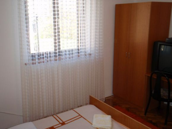 Appartment Br 2 in Poljanak 4