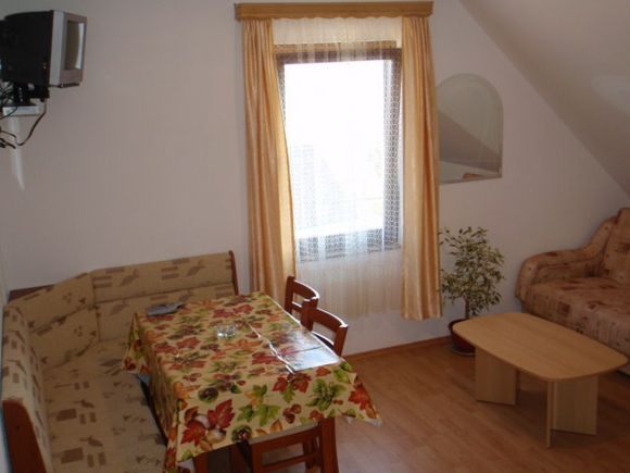 Appartment A2 in Poljanak 2