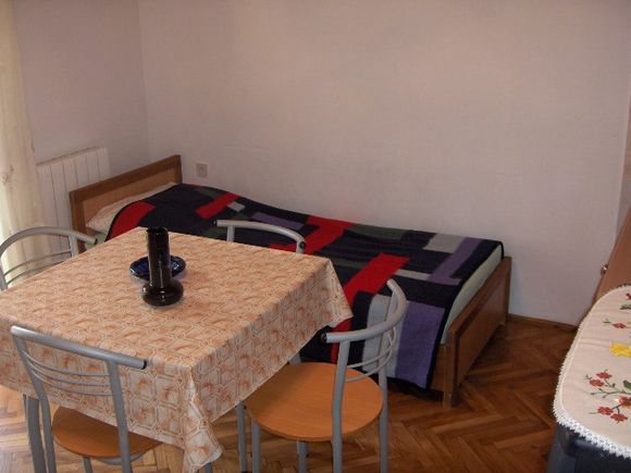 Appartment 2 in Mandre 2