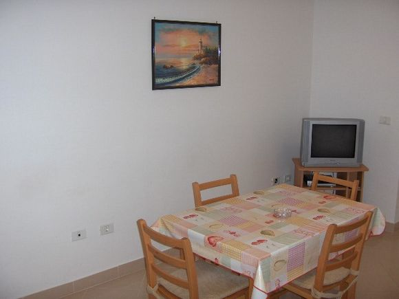 Appartment App br. 8 in Mandre 2