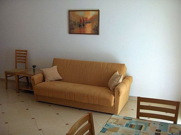 Appartment App br. 11 in Mandre 2