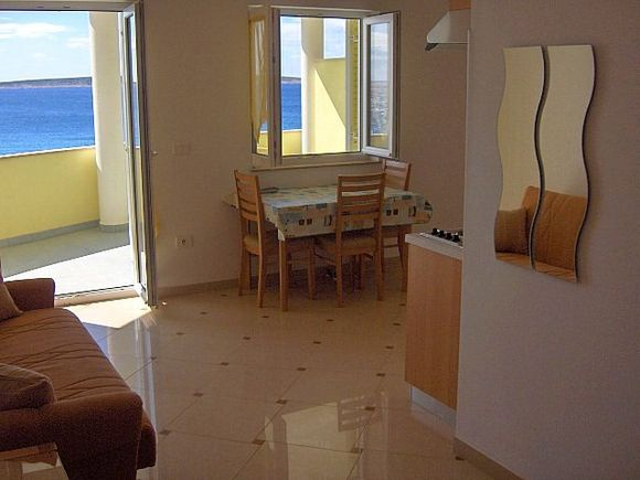 Appartment App br. 11 in Mandre 3