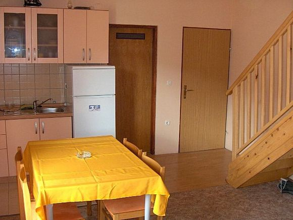 Appartment App br. 7 in Pag 2