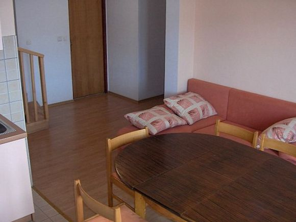 Appartment App br. 9 in Pag 4