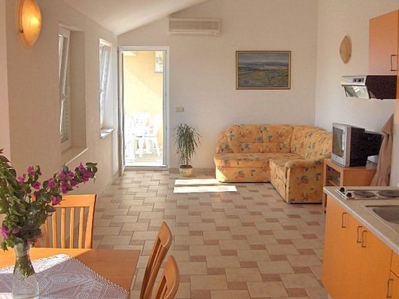 Appartment App br. 6 in Novalja 3