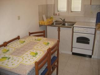Appartment A2 in Vodice 4