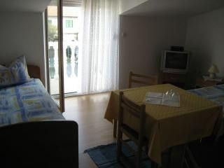 Appartment A7 in Vodice 2