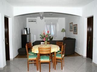Appartment B1 in Postira 3