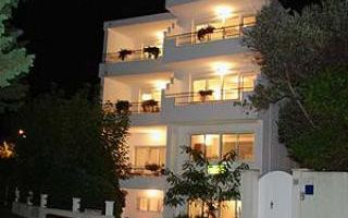 Apartment C1 in Makarska