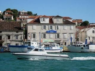 Appartment Vila Sikaa in Trogir 1