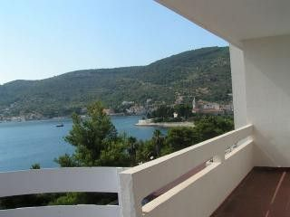 Appartment Hotel Issa in Vis 3