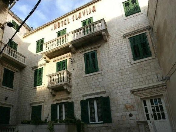 Appartment Hotel Slavija in Split 1