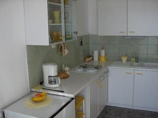 Appartment Žuti in Bol 3