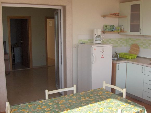 Appartment Zeleni in Bol 1