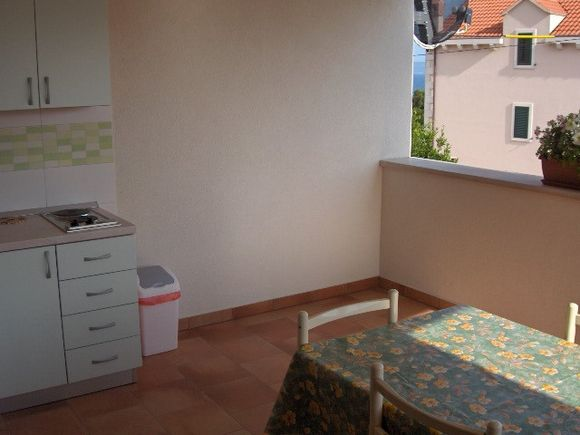 Appartment Zeleni in Bol 2