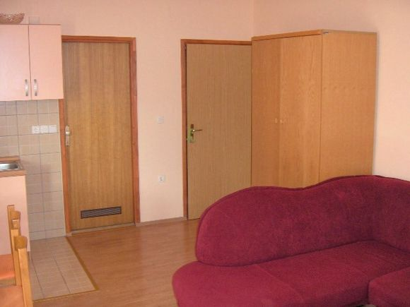 Appartment App br. 4 in Pag 4
