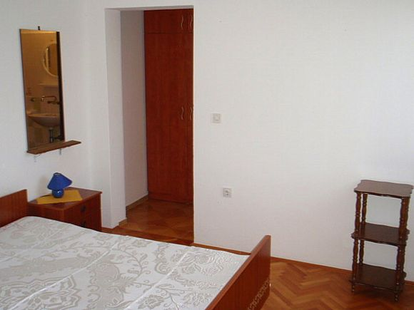 Appartment App br. 4 in Pag 6